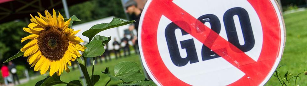 gzwanzig-protest-101~_v-modPremium
